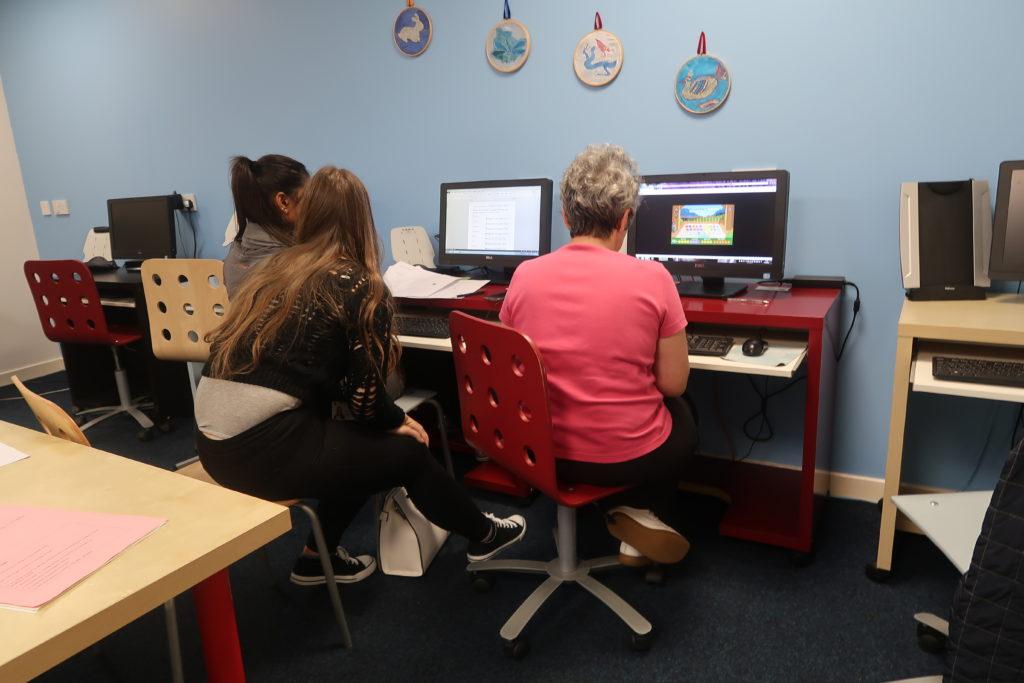 Women's Beginner Computing Classes Dundee