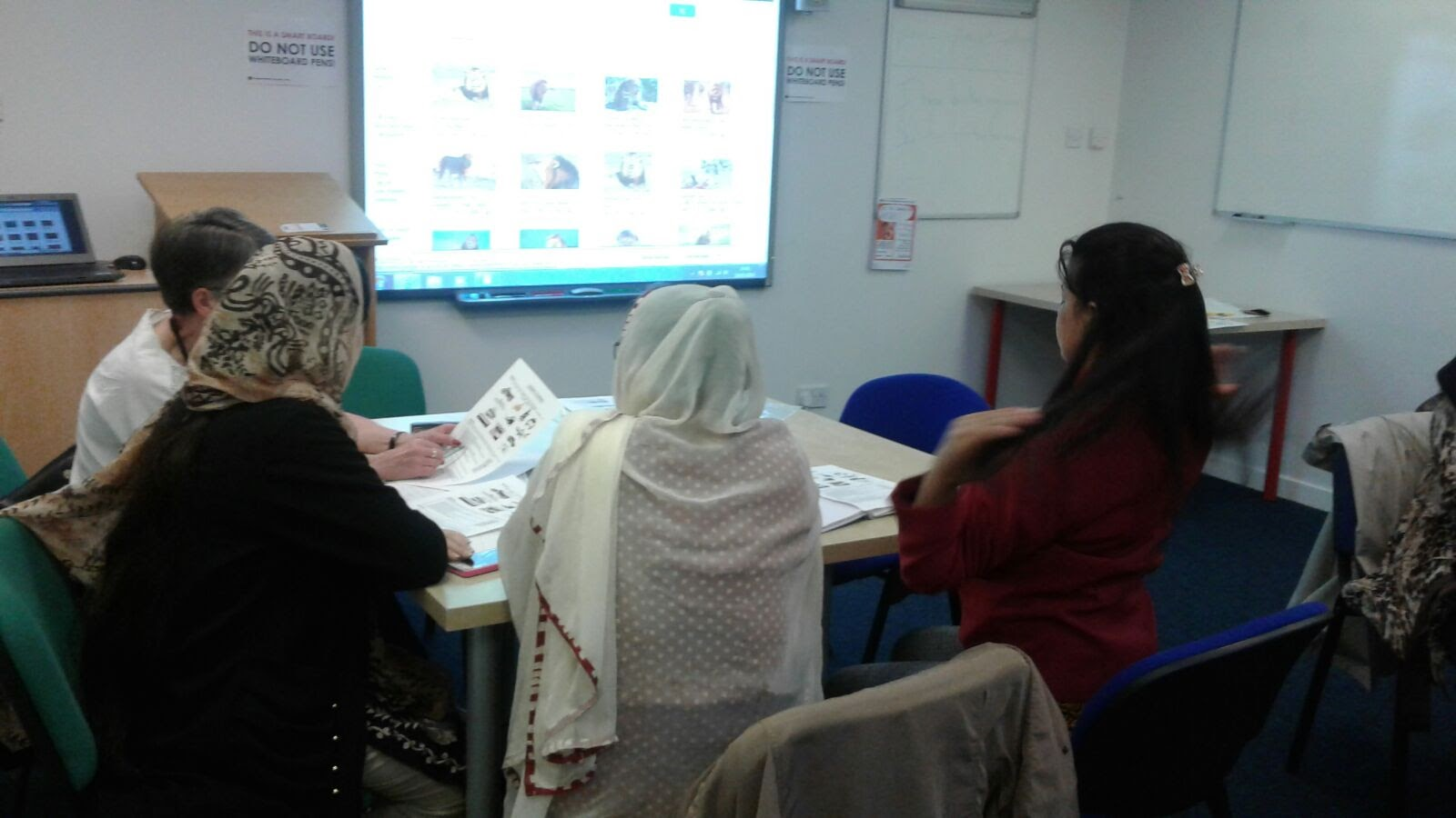 English for Speakers of Other Languages (ESOL) - English qualification Dundee